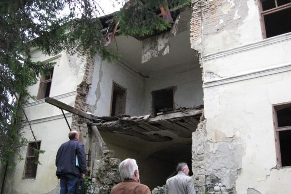 dvorac-kneza-aleksandra-pre-rekonstrukcije-1FC9C4B70-20DE-48D9-BAAB-6960EE231273.jpg